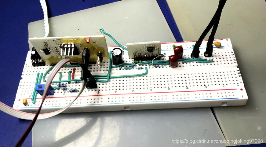 发送和接收声音的数据采集单片机实验面包板