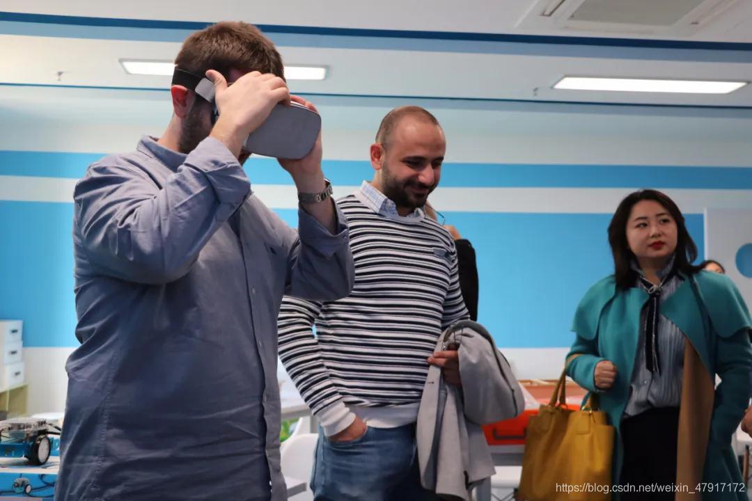 【VR+教育】2.jpg