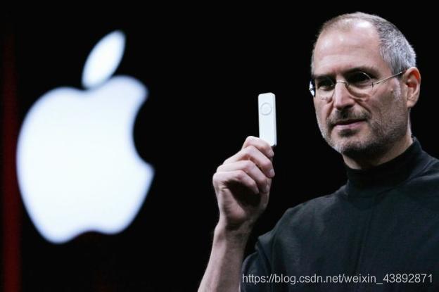 """乔布斯在做设计——一部iphone解决了人""""沟通""""的问题"""