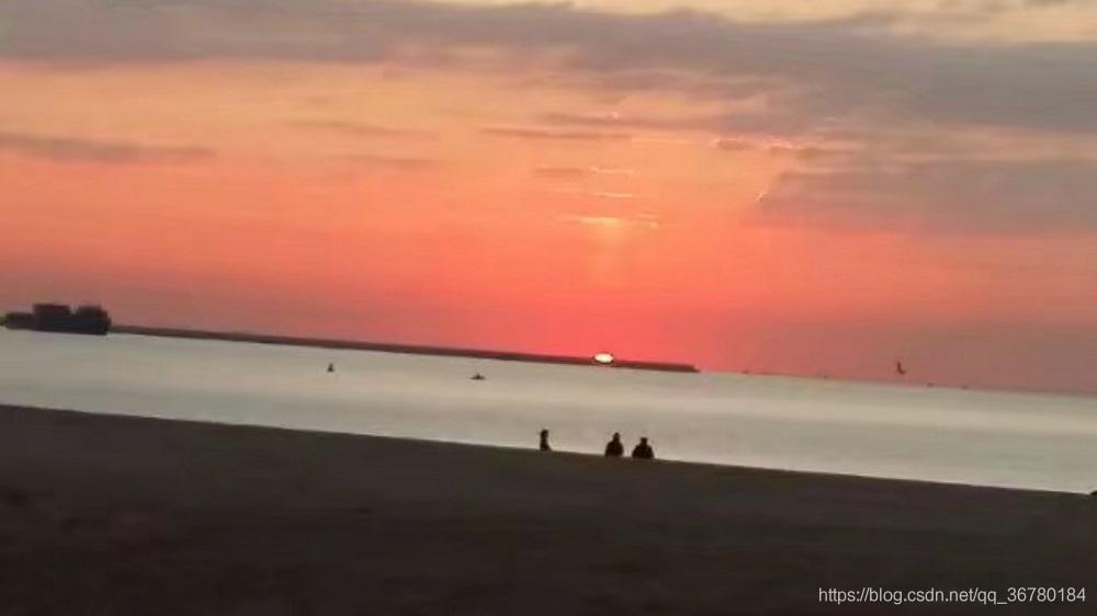 本科期间秦皇岛海边日出图