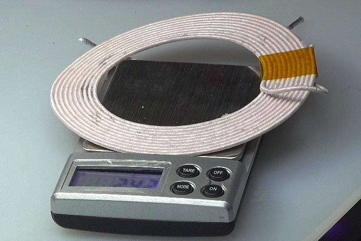 ▲ 测量线圈的重量