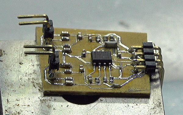 ▲ 焊接后的电路板