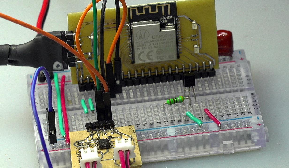 ▲ ESP32 测试版测试感应信号