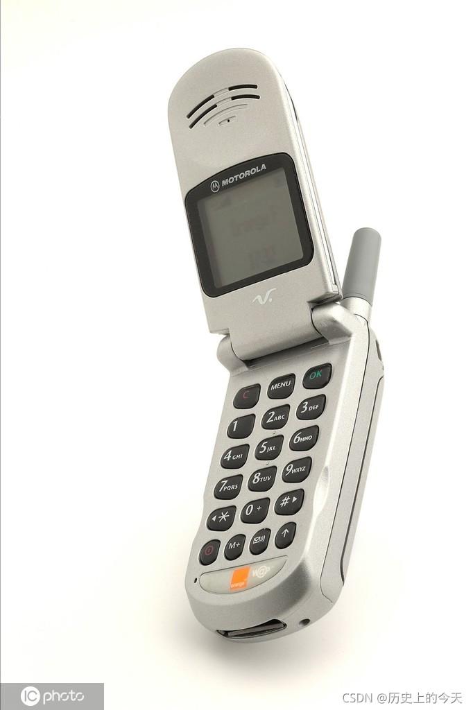 【历史上的今天】9 月 21 日:世界上第一部商用移动电话;苹果发布 iPhone 5 ;Mini-SATA 研制成功