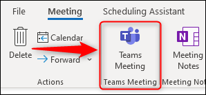 """The """"Teams Meeting"""" option in a new meeting request."""