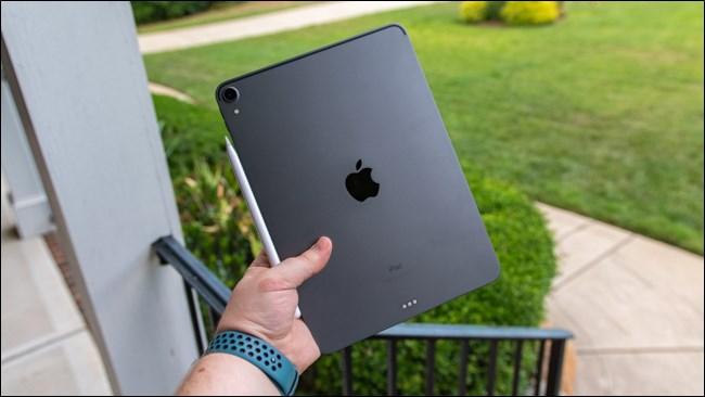 Apple iPad Pro 2018 Rear Outside