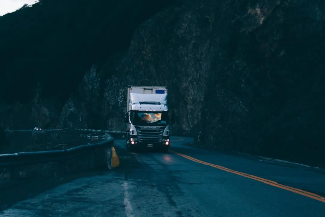 用手机监控司机:驾驶员记录仪也开始应用AI技术